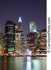 Manhattan skyscrapers in New York City - New York City...