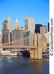 New York City Manhattan skyline with Brooklyn Bridge