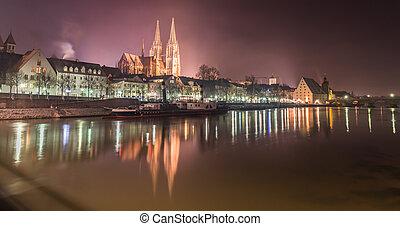 Night shot of Regensburg