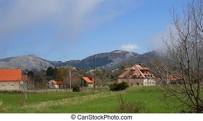 The house in the mountains. Montenegrin real estate in the mount
