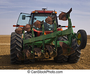 Tractor and implement - Heavy tractor and asymmetrical...
