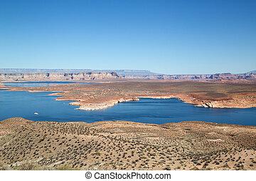 Lake Powell - Famous Lake Powell (Glenn canyon) near Page,...
