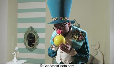 Illusionist shows trick trick with balloon 4k - Illusionist...
