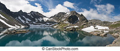 Pietra Rossa lake panorama - pamoramic view of Stone Lake,...
