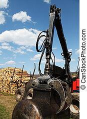 Hydraulic Arm and Claw Logging