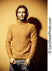 tipo, amarillo, pulóver