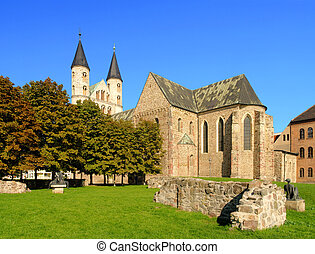 Magdeburg abbey 02