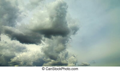 Clouds thickening before storm - Time lapse video of clouds...