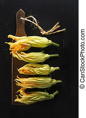 The yellow pumpkin flower