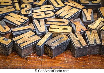 vintage letterpress wood type prinitng blocks - random...