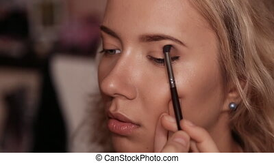 Eye makeup woman applying eyeshadow powder (Shot in Full HD...