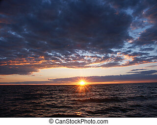 Lake Superior Sunset - The sun sets over beautiful Lake...