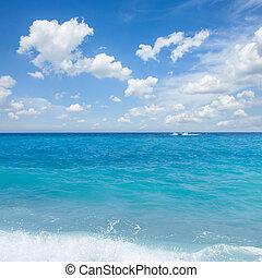 cote dAzur, France - turquiose water of cote dAzur at Nice,...