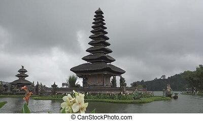 Pura Ulun Danu Bratan Temple, Bedugul Mountains, Bratan Lake, Bali, Indonesia