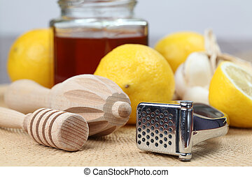 Natural medicine - Honey dipper, juicer and garlic press...