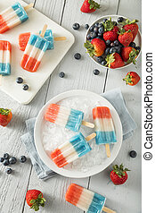 Patriotic Red White Blue Popsicles for the 4th of July