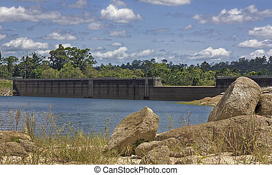 Tinaroo Dam popular tourist destination on the Atherton...