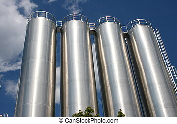 Industrietanks Industrial tanks - four round industrial...