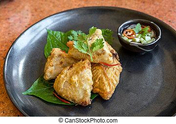 Fried taro stuff with pork mince