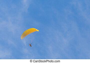 voando,  paramotor
