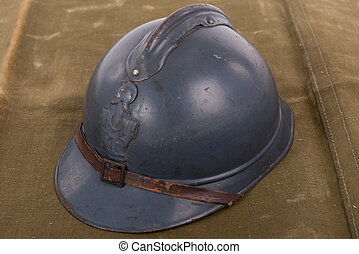 french military helmet of the First World War - a french...