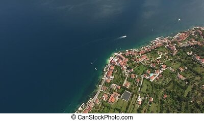 Land for sale in Montenegro. Hotel by the sea. The town of...