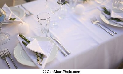 Plates at the wedding banquet. Table setting. Wedding...