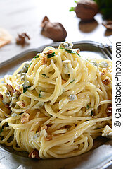 Pasta with gorgonzola - Spaghetti pasta with gorgonzola...