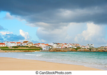 Charming Portugese town at seashore - Beautiful Portugese...