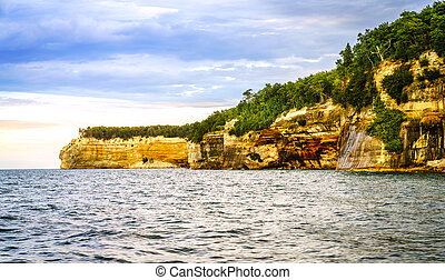 Indian Head rock formation - Rock formations at Pictured...