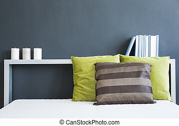 Bed headboard with books - White bed with headboard with...