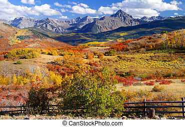Dallas divide - Beautiful Autumn landscape near Dallas...