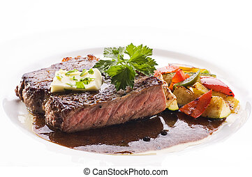 Beef steak - Fresh grilled beef steak on white plate close...