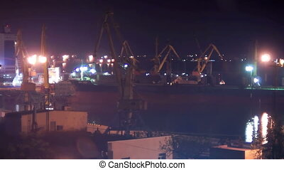 Night crane harbor - Night time activity in Harbour