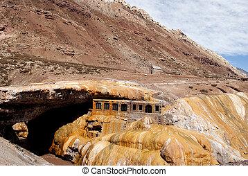 Bridge of the Inca, Mendoza, Argentina