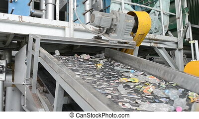 Roll and Trommel screening machine separating rubbish for recycling