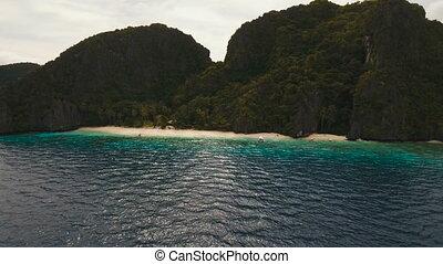 Tropical beach, aerial view. Tropical island. - Wild...