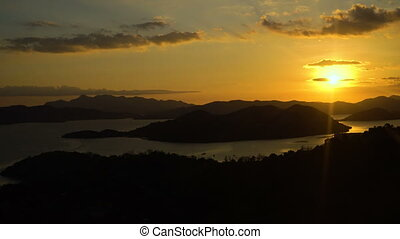 Beautiful sunset over sea. Coron, Palawan, Philippines -...