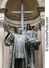 Phillip Brooks Statue in Boston