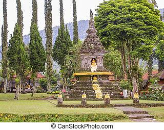 Pura Ulun Danu Bratan - Water temple named Pura Ulun Danu...