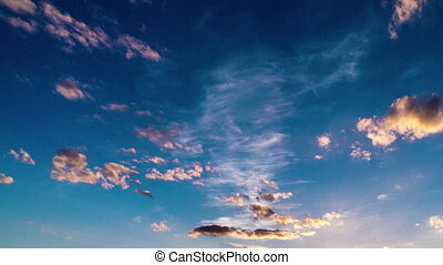 Time laps of the evening sky with beautiful clouds - Time...