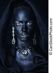 black queen portrait - Fashion jewellery concept. Portrait...