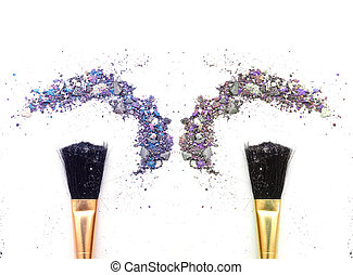 Duo makeup brush with mixed color eyeshadow powder