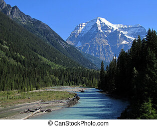 Mount Robson, British Columbia. - Mount Robson and Robson...