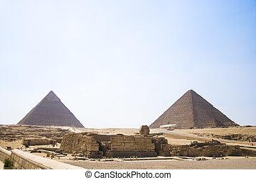 Pyramid of Khafre. View of the Giza Pyramids. Egypt. Cairo.