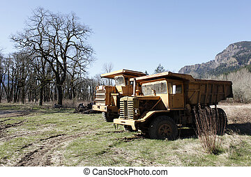 Dumptrucks - Duptrucks in the countryside.