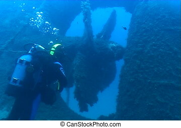 ship wreck diving underwater video - diving underwater video