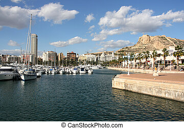 Alicante - Marina yachts and motorboats in Alicante,...
