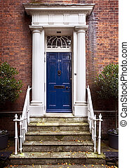PERIOD FRONT DOOR - Period front door and grand entrance in...