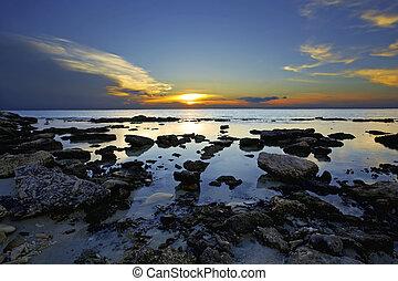 Sunset Bonaire - Beautiful sunset on Bonaires south coast,...